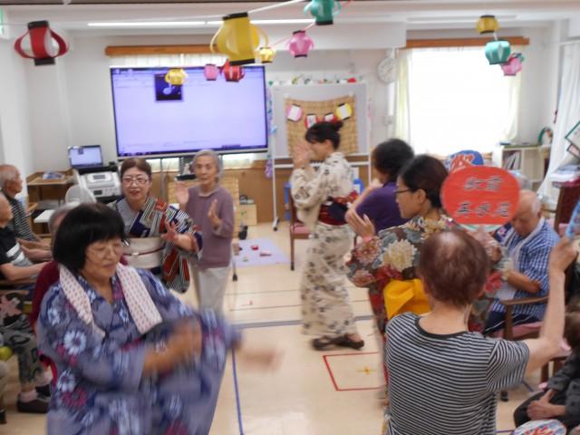 駅前英水苑『8月 夏祭り』