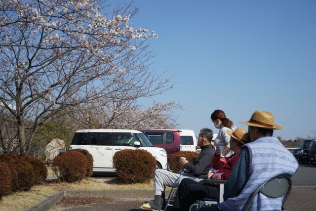 桜英水苑『春爛漫!みんなでお花見にでかけました。』