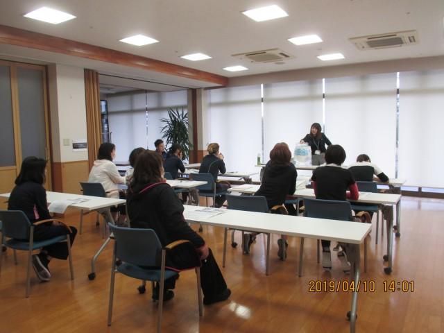 桜英水苑『排泄ケア研修』を開催しました。