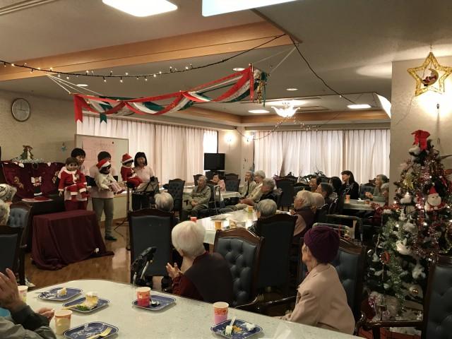 日永ケアハウス『クリスマス会をしました。』