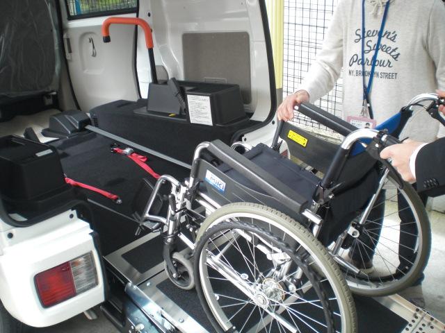 日本財団の福祉車両が配備されました!